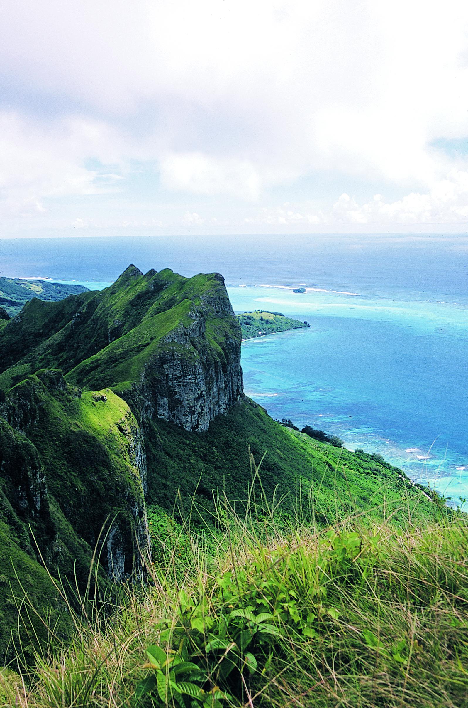 Carnet de voyage à Raivavae : au sommet du mont Hiro