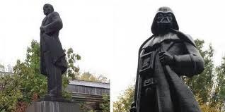 Une statue de Lénine en Ukraine transformée... en Dark Vador