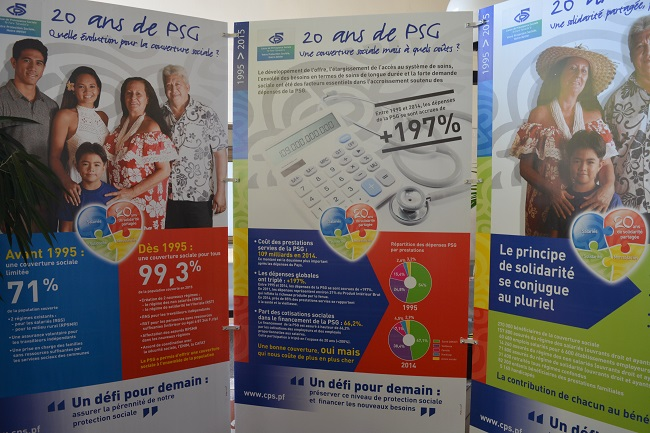 Le hall de la Caisse de protection sociale à Mamao accueille une exposition didactique sur les 20 ans de la PSG avec des panneaux bourrés de chiffres qui montrent l'importance de ces prestations et le besoin, urgent, de les pérenniser.