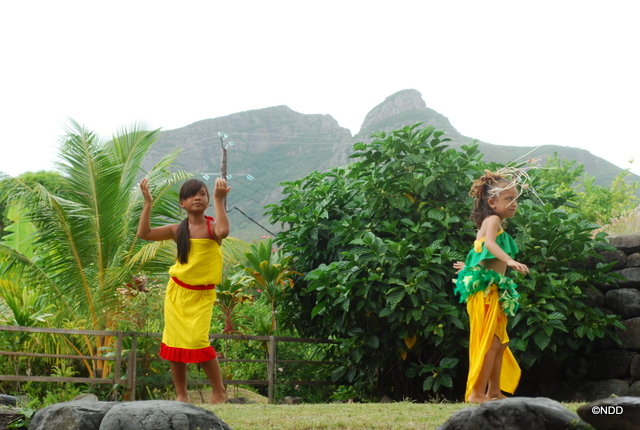 Le renouveau culturel marquisien passe aussi par la danse dans laquelle les jeunes sont très impliqués.