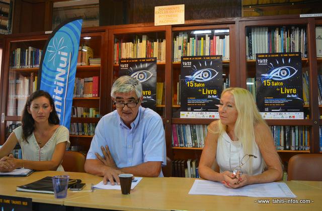 Une partie des organisateurs du salon du livre en conférence de presse hier matin à la Maison de la culture. De gauche à droite, Lucile Bambridge, Christian Robert et Mylène Raveino.