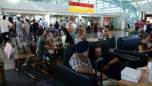 Indonésie: l'aéroport de Bali rouvre après deux jours de fermeture