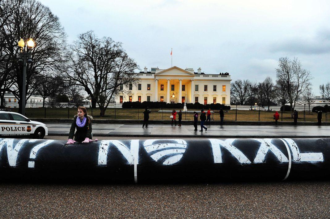 Lors d'une manifestation contre le projet d'oléoduc en février 2014, devant la Maison Blanche à Washington.