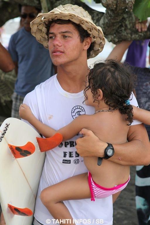 Il est depuis quelques années à l'étranger pour vivre son rêve mais son cœur est à Tahiti