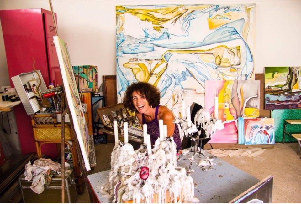 Le travail de l'artiste évolue au gré de son imagination comme un bateau au gré des vagues.