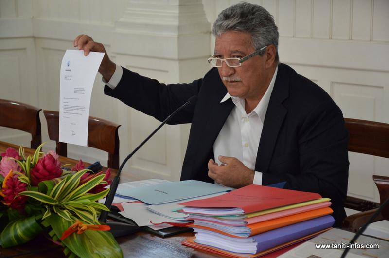 Jean-Christophe Bouissou, mercredi lors de l'annonce du soutien par les associations de protection de la vallée de Papenoo du projet Ecopac circonscrit à des aménagements dans la basse vallée.