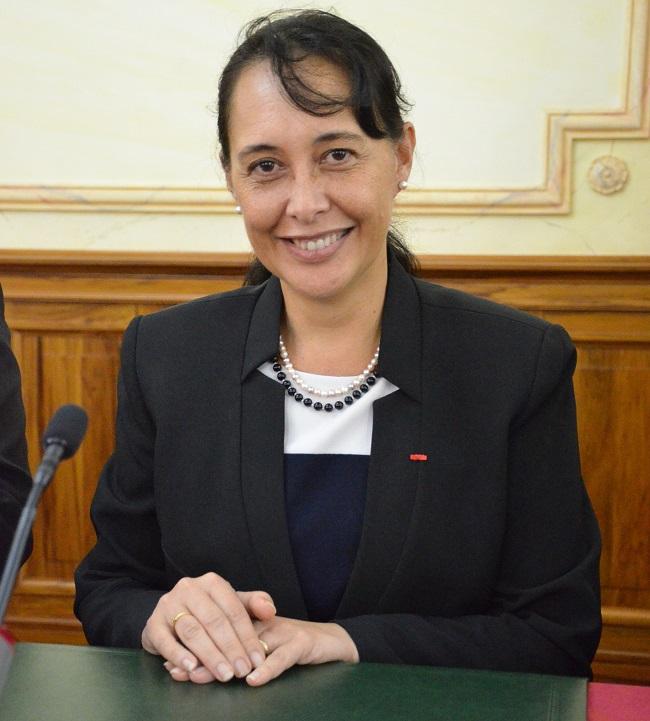Tea Frogier, la ministre du travail, des solidarités et de la condition féminine s'exprime peu dans les médias sur les grandes réformes dont elle a la charge.