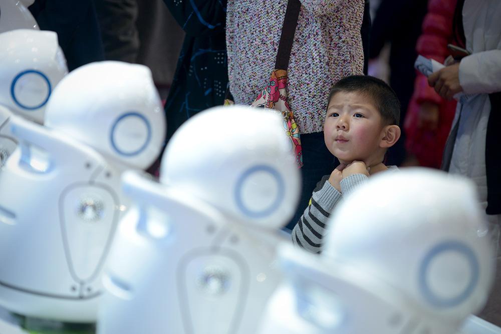 A Pékin, des Chinois passionnés rêvent des robots de demain