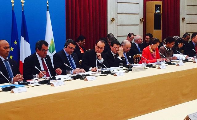 """François Hollande : """"La France est pleinement un pays du Pacifique"""""""