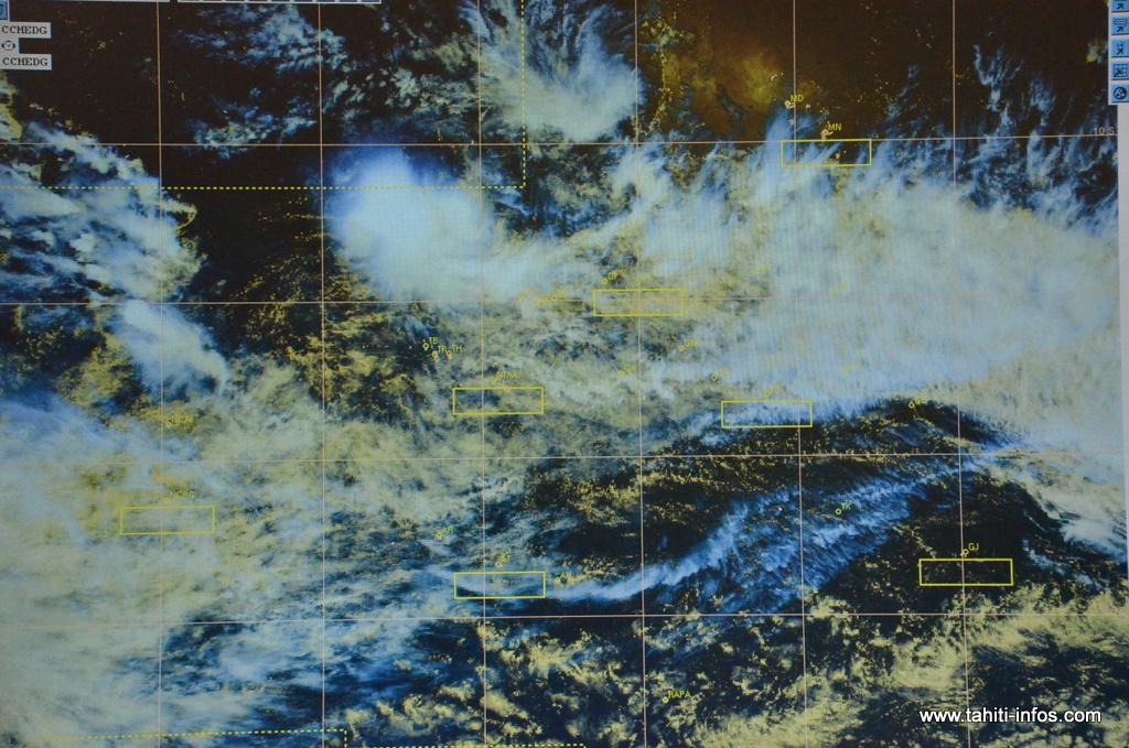 Les analystes de Météo-France se refusent à employer le terme de cyclone, pour l'instant.