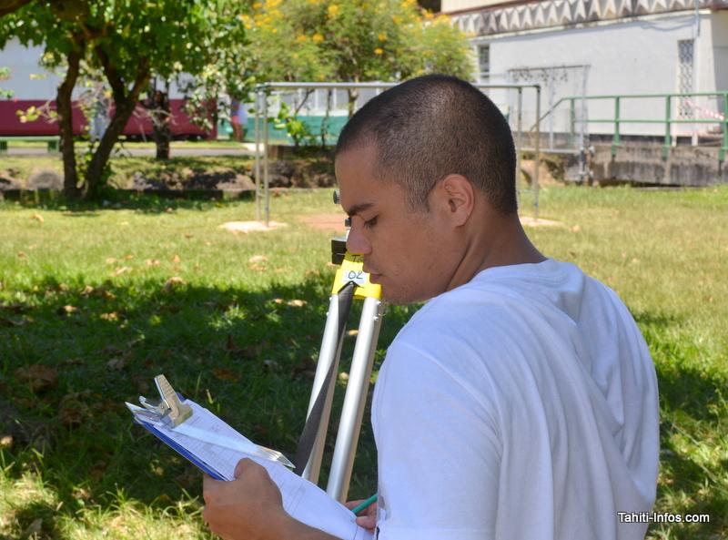 Portrait de futurs chefs de chantier polynésiens formés en alternance