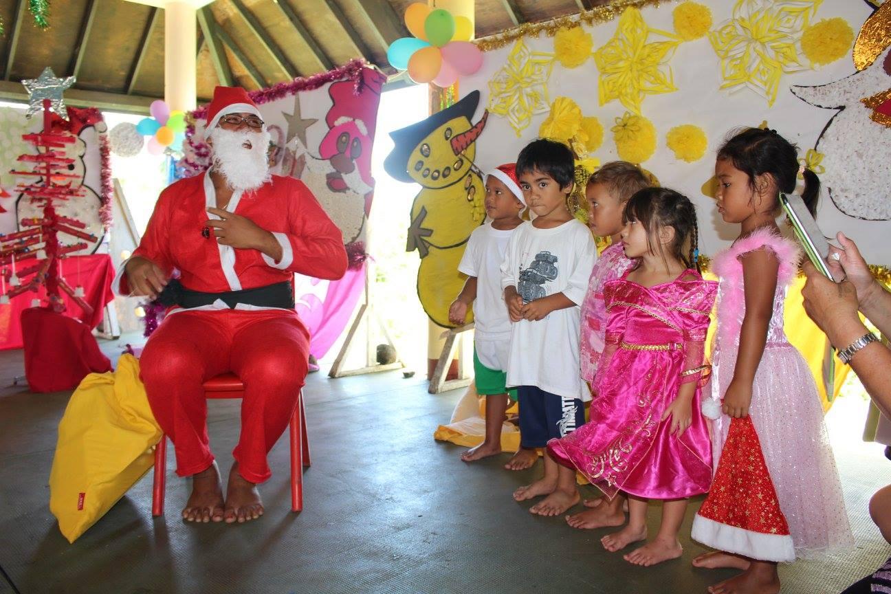 Teva I Uta : le Père-Noël est passé à l'école maternelle