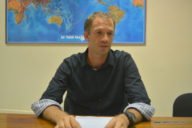 Mathieu Bechonnet, directeur général de la compagnie Air Tahiti Nui s'est exprimé ce lundi après-midi devant les médias locaux pour expliquer les raisons des annulations et des retards de vols de la compagnie depuis samedi.