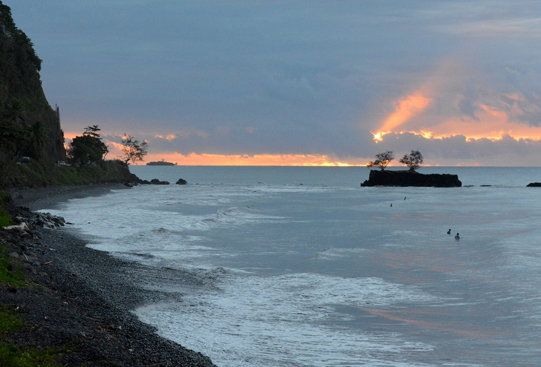 Interdiction de baignade à Papenoo en raison d'un risque de contamination