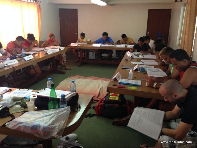 La formation en PSE1 se tiendra sur six jours répartis jusqu'au 22 janvier, les examens se tiendront début février. Par la suite, les stagiaires suivront une autre formation, celle du BNSSA, en un milieu aquatique.