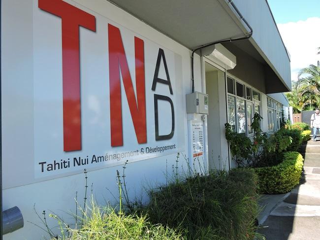 Le siège social de TNAD à Paofai. En 2014, l'actif net immobilisé de TNAD a augmenté de 7,45 milliards de francs (passant ainsi à 21 milliards au total) avec l'affectation à l'établissement de parcelles appartenant au Pays pour la réalisation des projets d'aménagements en maîtrise d'ouvrage propre.