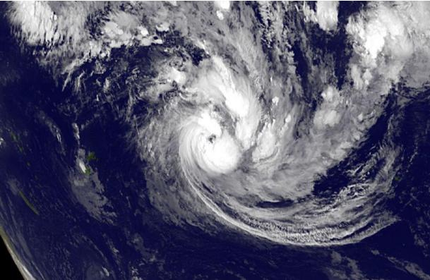 La dépression tropicale forte Victor devrait atteindre le stade de cyclone dans la journée de samedi (Image satelite GOES-west Nasa, le 15 janvier à 12 heures UTC)
