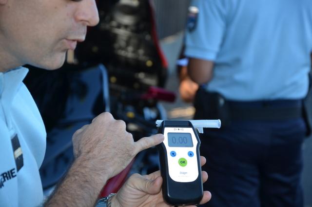 Zéro. Une valeur que les gendarmes souhaiteraient voir s'afficher plus souvent sur leurs éthylotests...