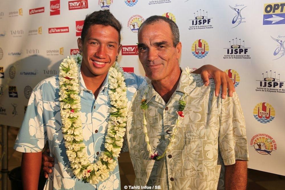 Plusieurs générations de champions Vetea David et Poenaiki Raioha