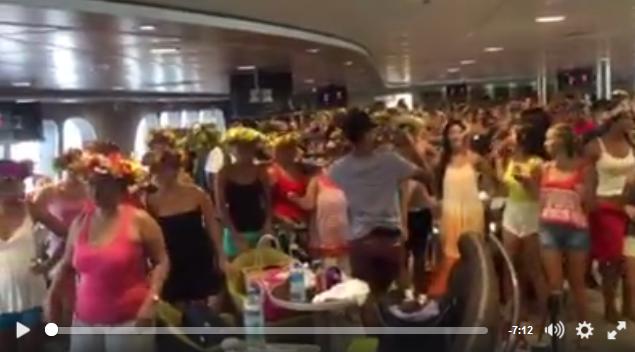L'Aremiti en mode record du monde de 'ori tahiti (vidéo)