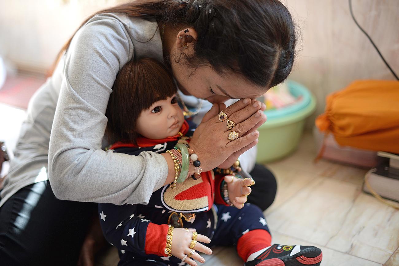 En Thaïlande, des poupées magiques créent le trouble