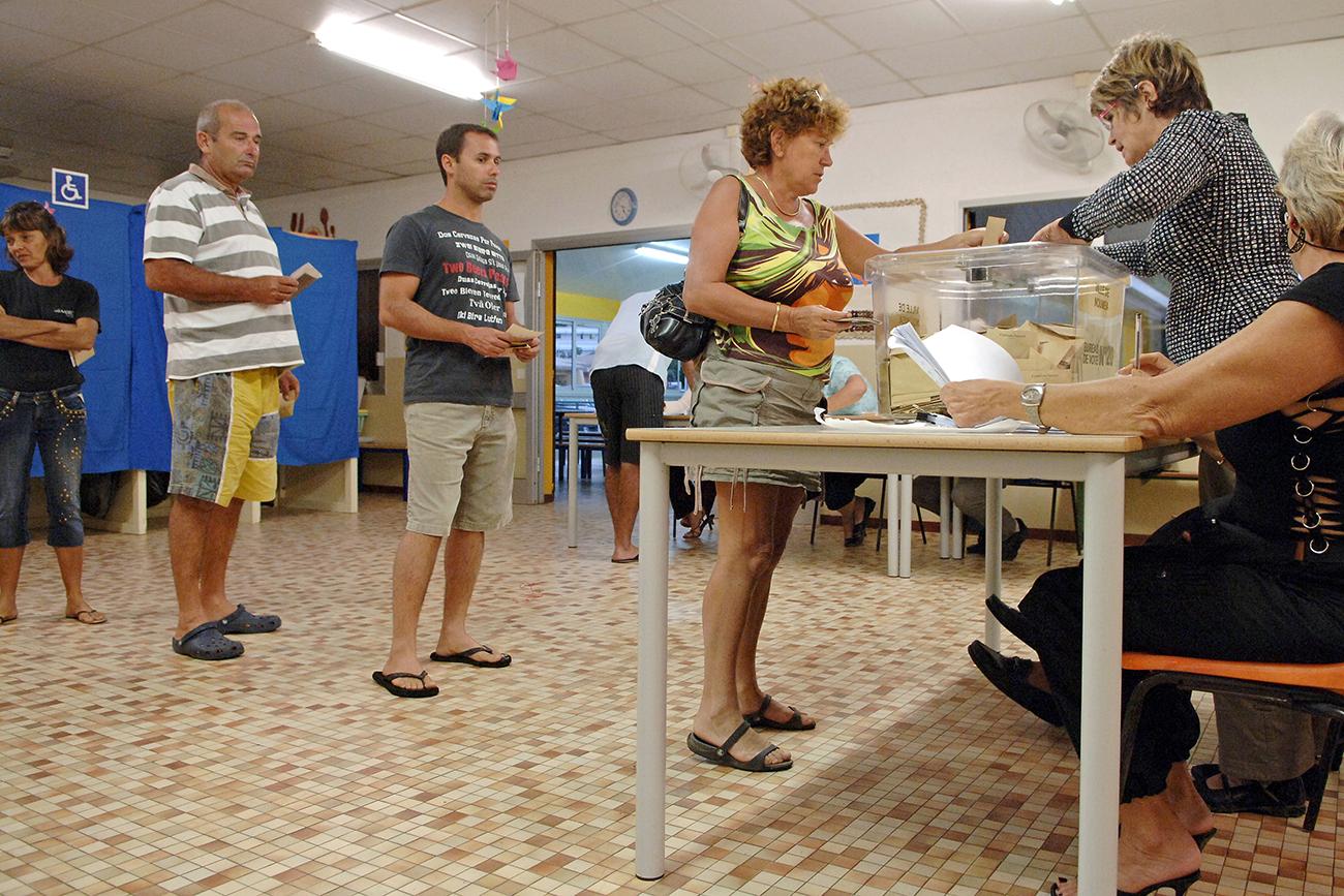 N-Calédonie: listes électorales et avenir institutionnel en discussion jeudi à Matignon
