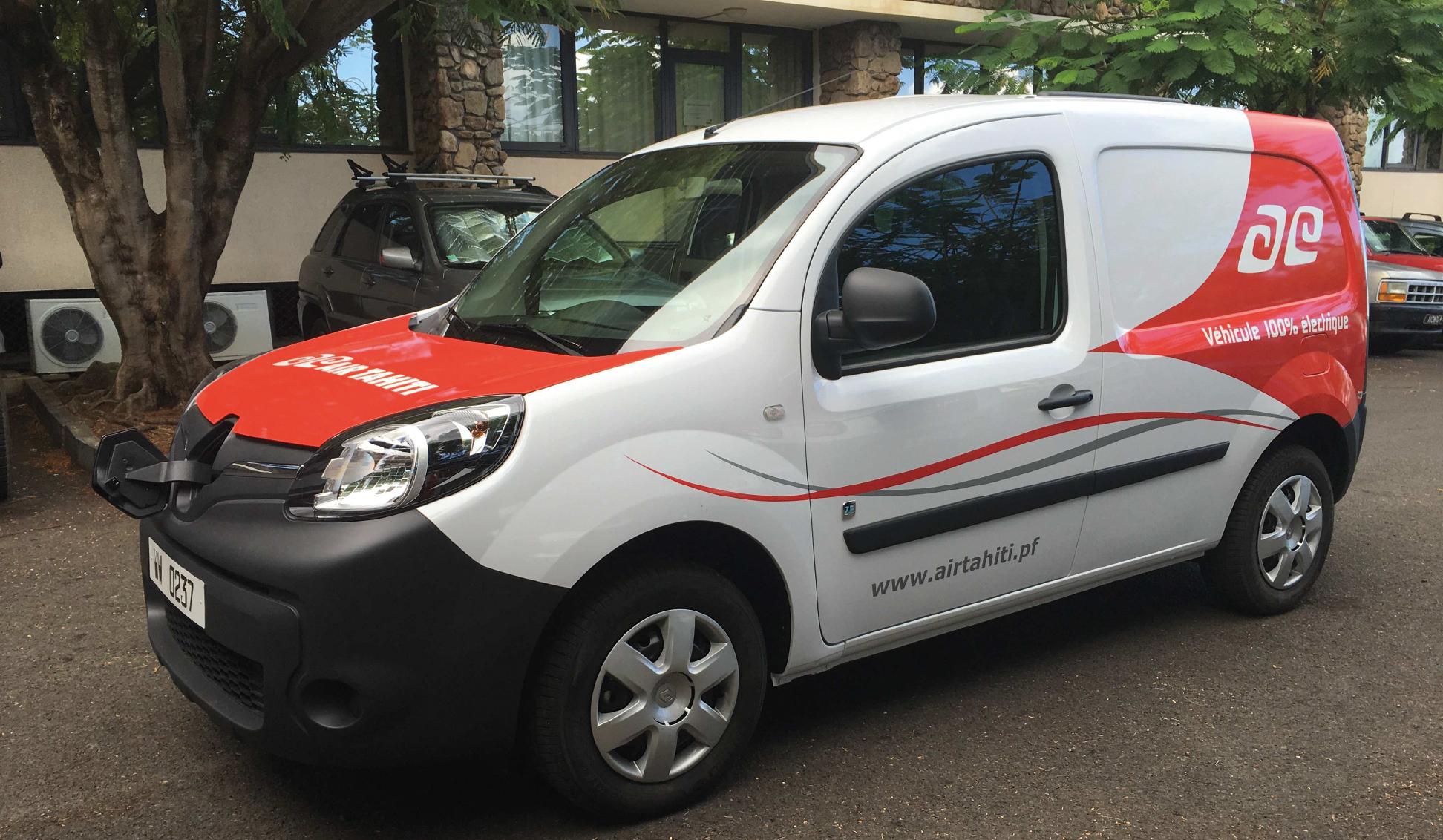 La nouvelle voiture de service Air Tahiti : 100% électrique, 100% écologique.