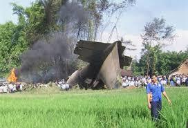 Indonésie: un avion militaire s'écrase à Java, trois morts