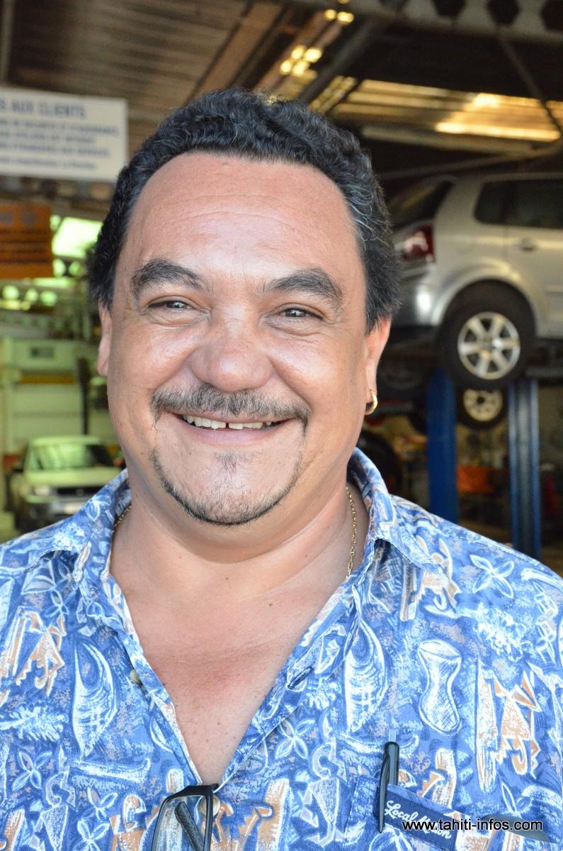 Roland, 47 ans, employé