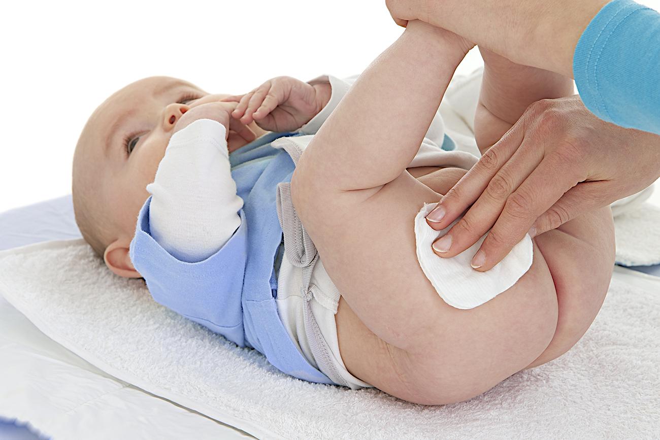 Encore trop de substances potentiellement dangereuses dans les cosmétiques pour bébés