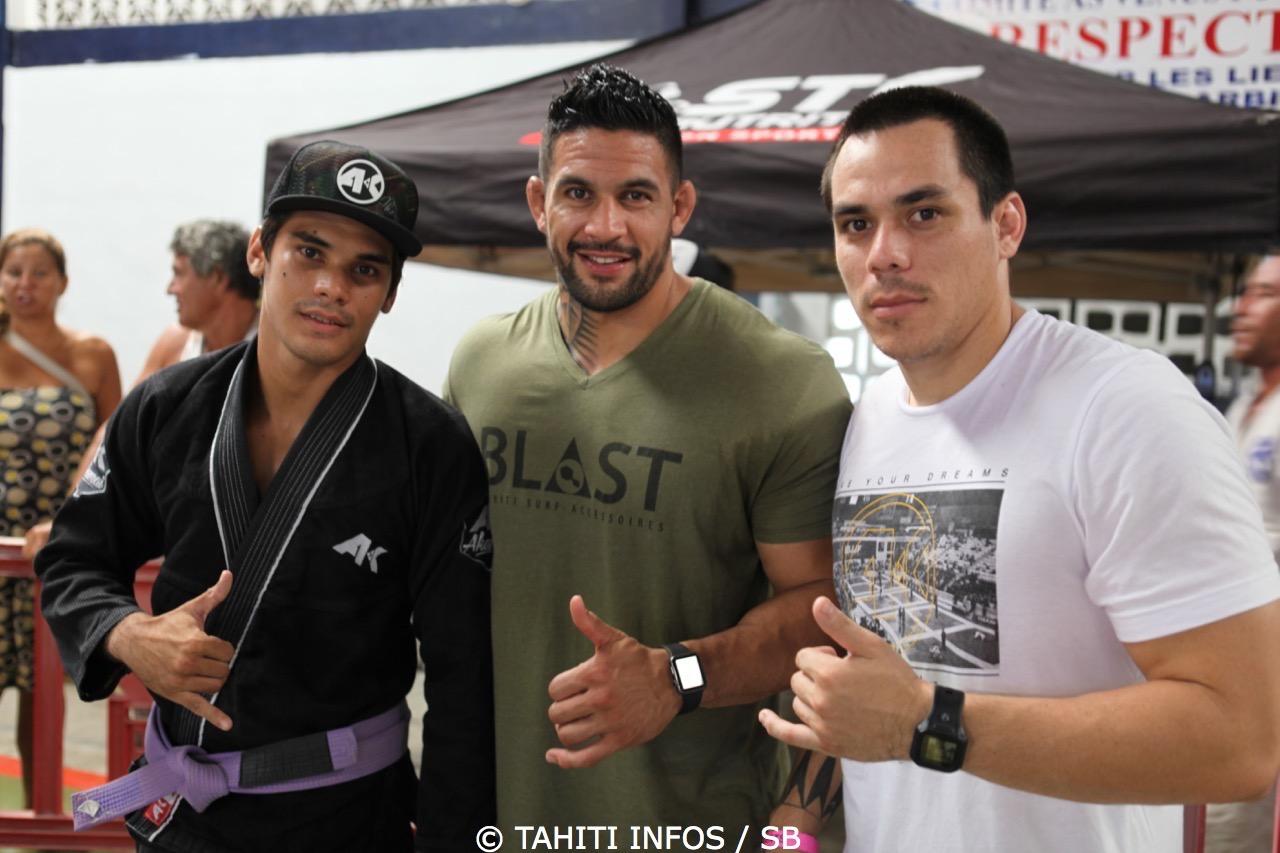 Dany Gérard avec Hoanui Vanaa et Matuanui Philippe de la Tahitian Top Team