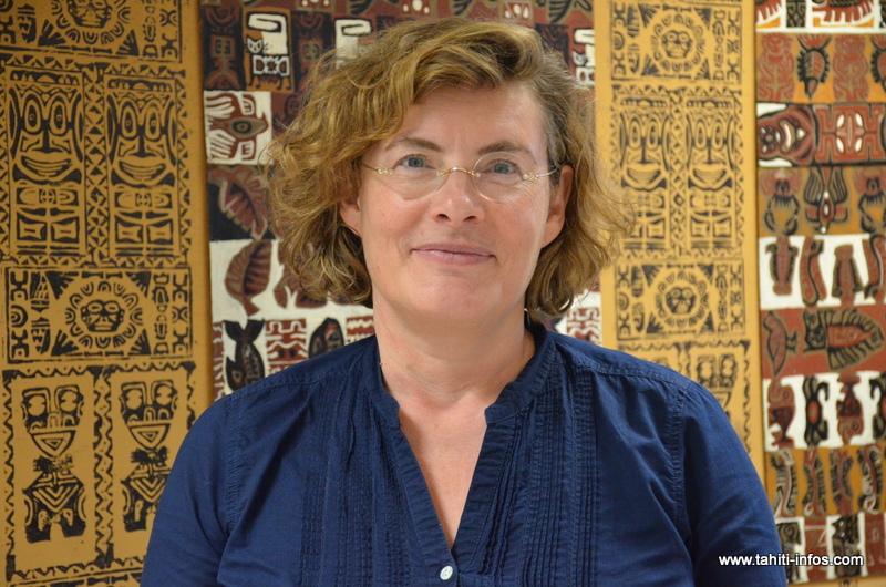 Agrégée de sciences à l'école normale supérieure, Florence Robine était inspectrice générale de l'éducation nationale avant d'être nommée directrice générale de l'enseignement scolaire au ministère de l'éducation nationale en 2014.
