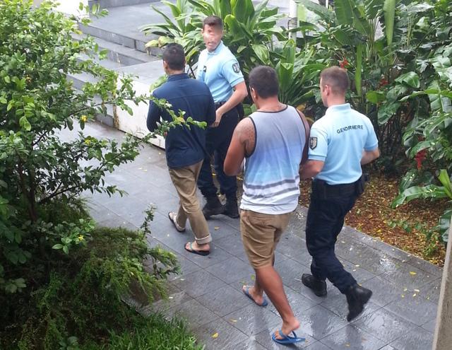 Les prévenus qui comparaissaient détenus ont regagné Nuutania en attendant le jugement, mis en délibéré au 1er mars.