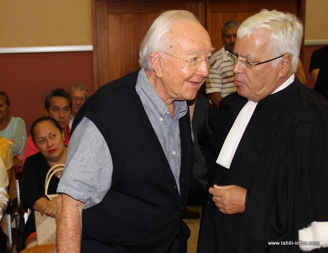Gaston Flosse et Me Quinquis, jeudi, avant que la cour d'appel ne rende sa décision.
