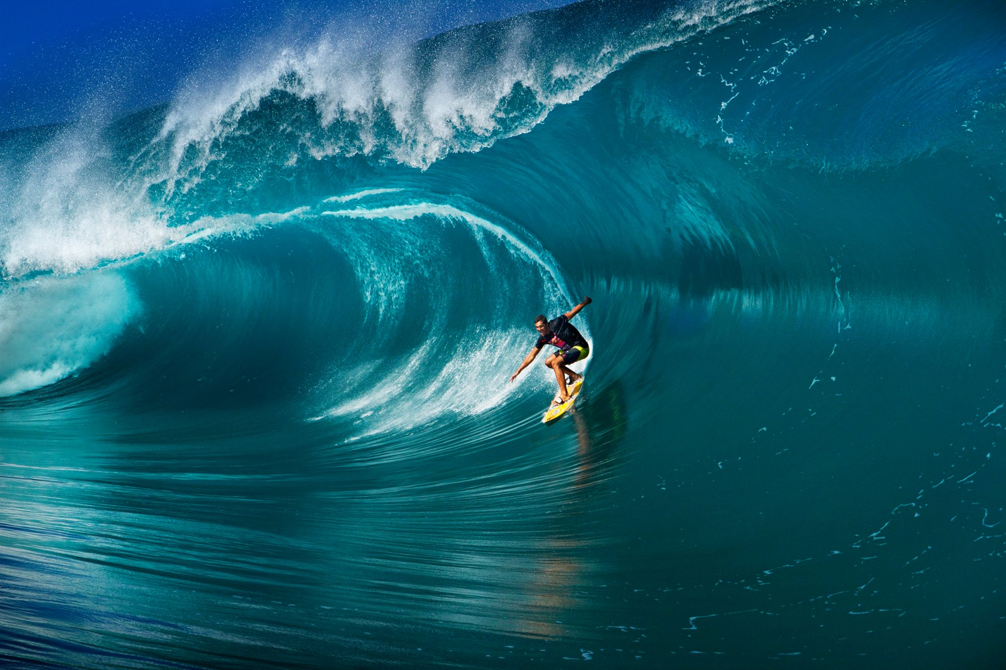 Tikanui Smith à Teahupo'o © John DeTemple
