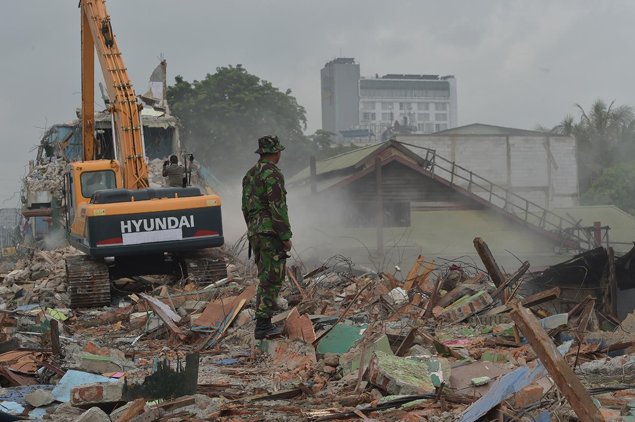 Indonésie: les autorités détruisent le quartier chaud de Jakarta