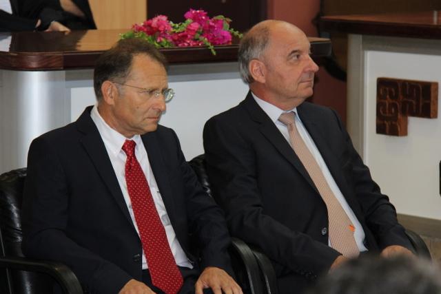 Le procureur général François Badie (à droite), au côté du premier président de la cour d'appel Régis Vouaux-Massel.