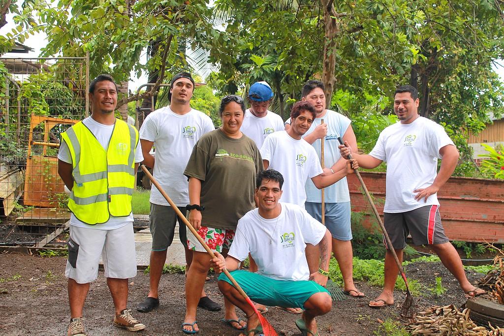 Faaa : Une soixantaine de jeunes nettoient les quartiers