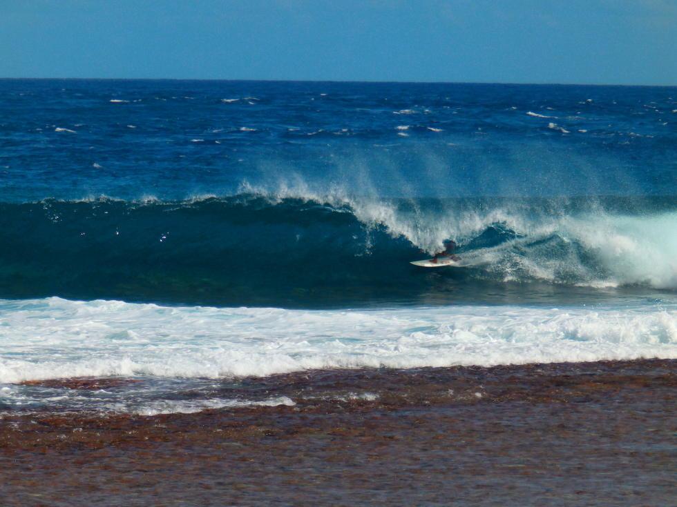 Surf Pro – Rangiroa Pro : Des vagues et du beau spectacle MAJ