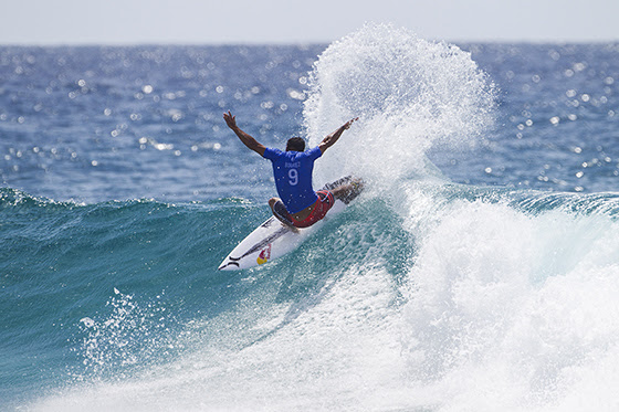 Surf Pro – Quiksilver Pro Gold Coast : Michel Bourez commence fort