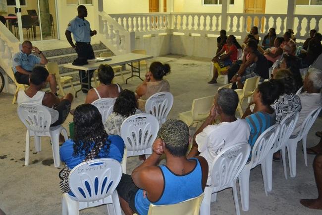 Les gendarmes en mission dans les atolls isolés des Tuamotu