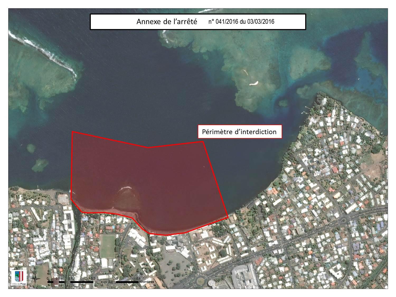 L'arrêté municipal pris le 3 mars dernier à Pirae matérialise sur une carte le périmètre d'interdiction, entre les deux embouchures de rivière. La plage de la baie du Taaone reste ouverte aux baigneurs.