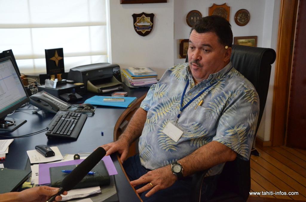 Mario Banner en 2012 dans le bureau qu'il occupait alors comme directeur général du port autonome de Papeete.