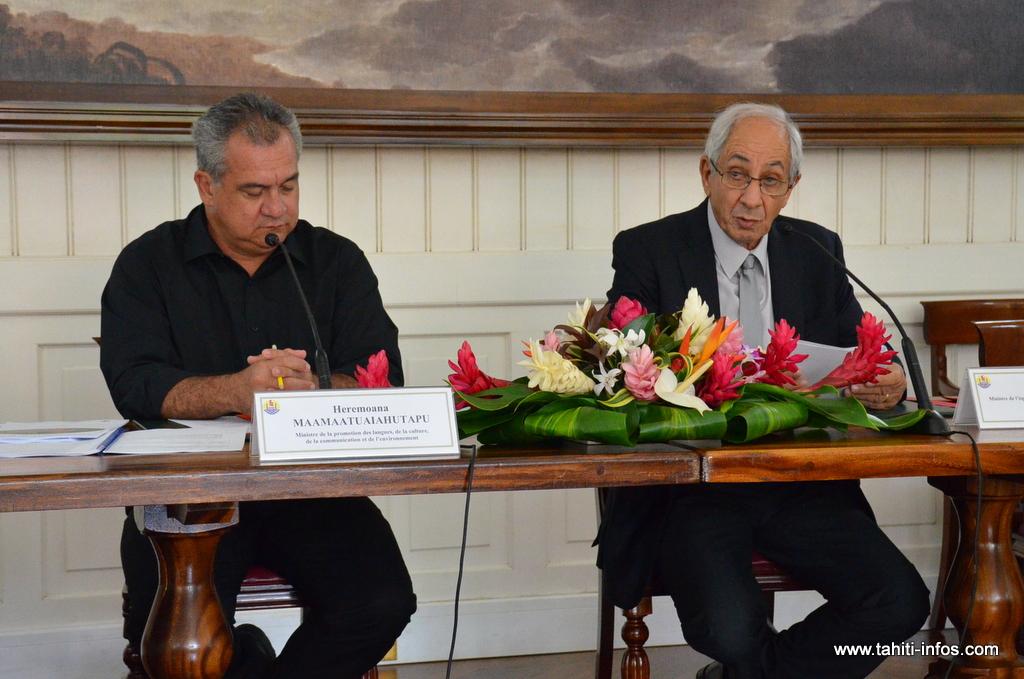 Albert Solia et Heremoana Maamaatuaiahutapu, mercredi lors de la présentation du Plan Rivières.