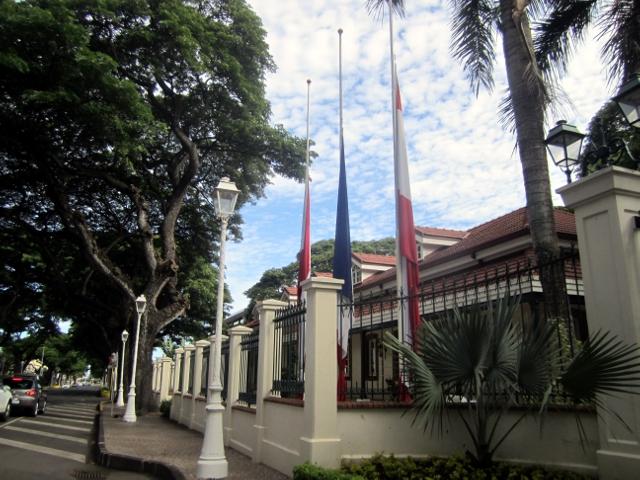 Attentats à Bruxelles: drapeaux en berne en Polynésie aussi