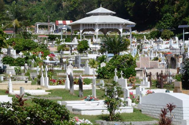 Détournement de fonds publics avéré mais revu à la baisse au cimetière de l'Uranie