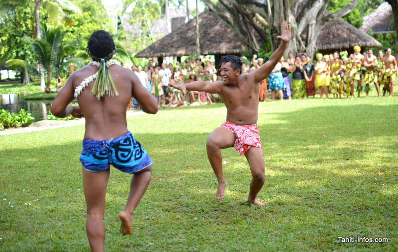Les danseurs solos des lycées se sont affrontés en même temps