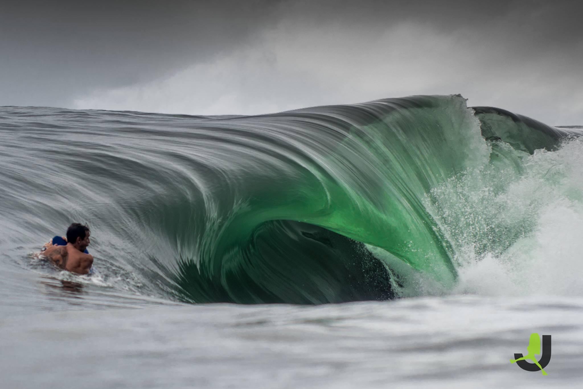 Nicolas Richard dans le secret spot de la côte est © JBS Pictures