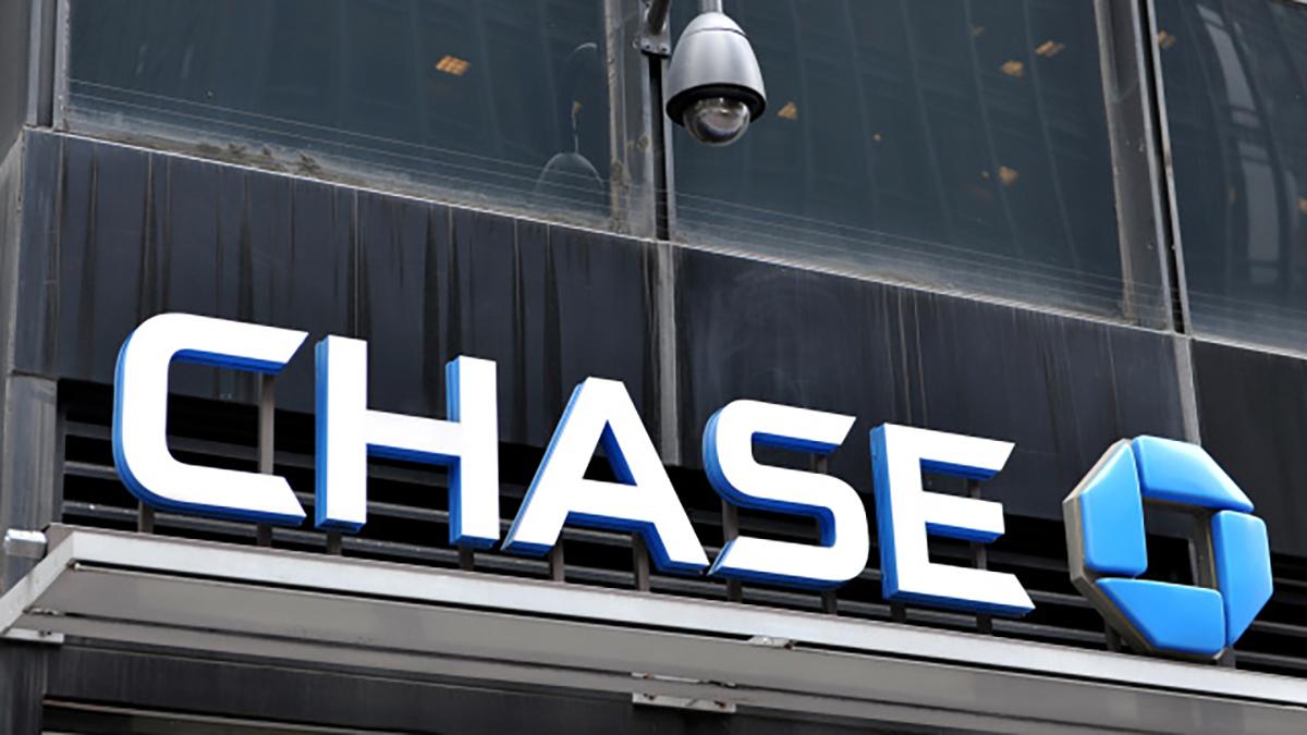 USA: Dash le chien provoque une alerte sécuritaire dans une banque de Californie