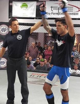 MMA : Une nouvelle salle de MMA avec « the Islander »